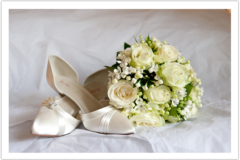 Beautiful Wedding bouquet and wedding shoes