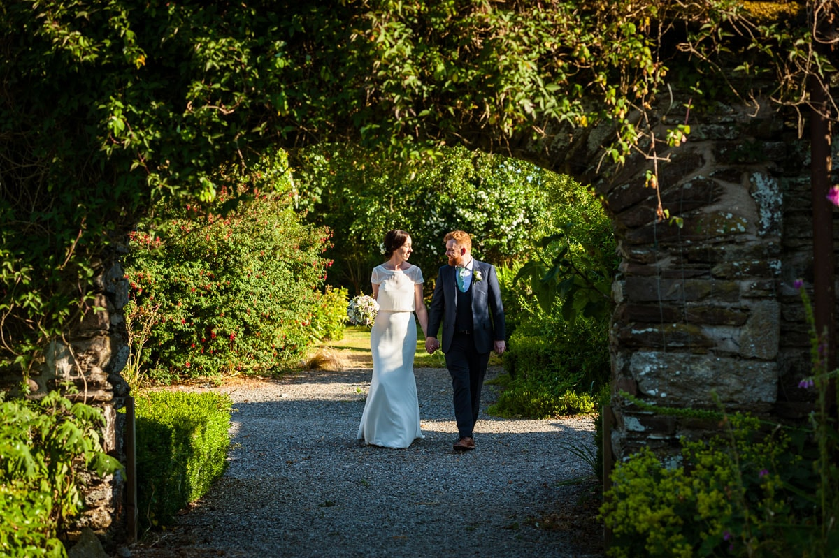 27.-Ballymaloe-Grainstore-Wedding-East-Cork-Venue-dermot-sullivan-best-irish-wedding-photographer