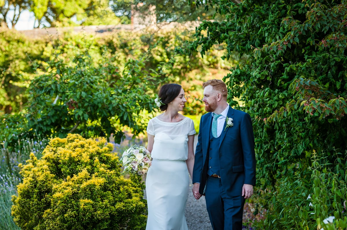 28.-Ballymaloe-Grainstore-Wedding-East-Cork-Venue-dermot-sullivan-best-irish-wedding-photographer