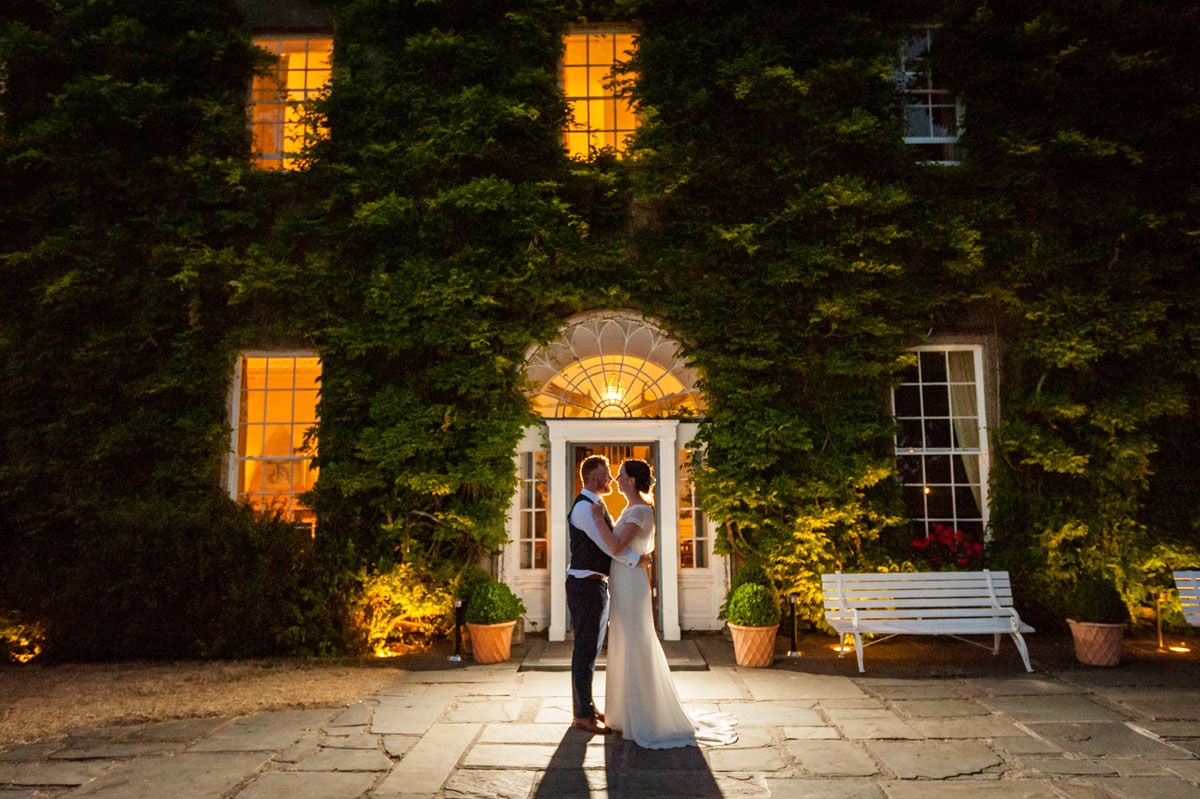 43.-Ballymaloe-Grainstore-Wedding-East-Cork-Venue-dermot-sullivan-best-irish-wedding-photographer