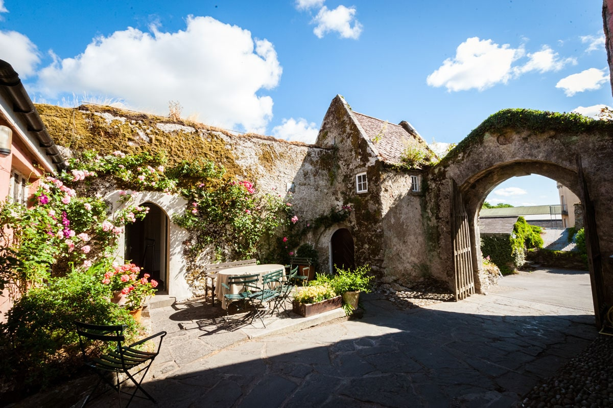 7.-Ballymaloe-Grainstore-Wedding-East-Cork-Venue-dermot-sullivan-best-irish-wedding-photographer