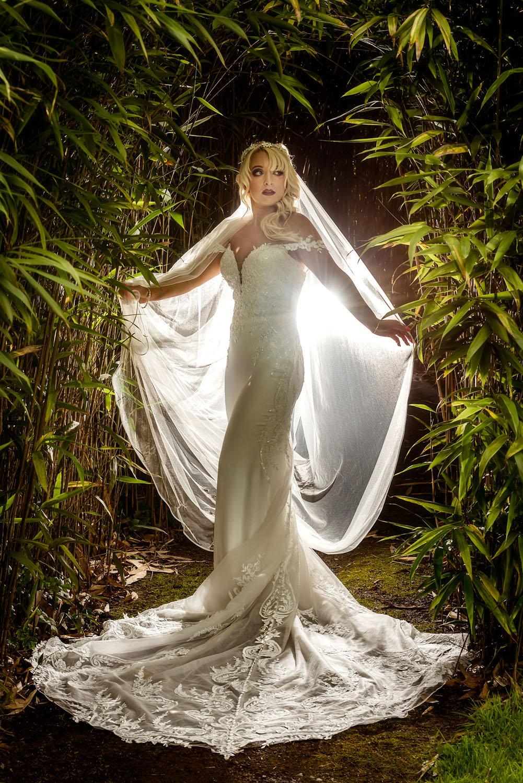 005_Bride-in-an-Irish-Garden