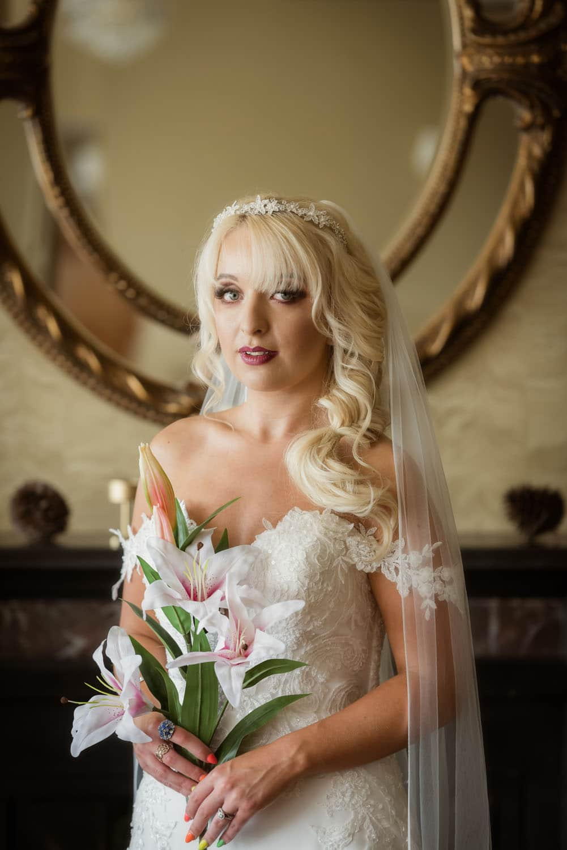 007_Wedding-Dress-Photoshoot