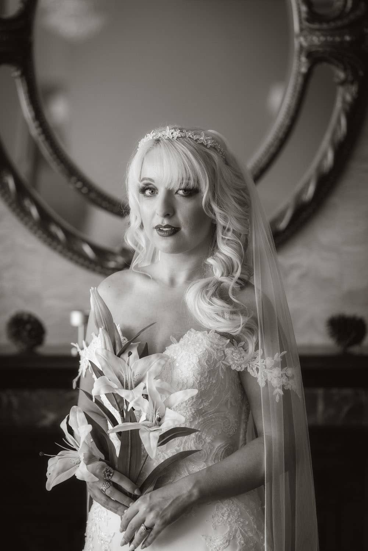 010_Wedding-Dress-Photoshoot