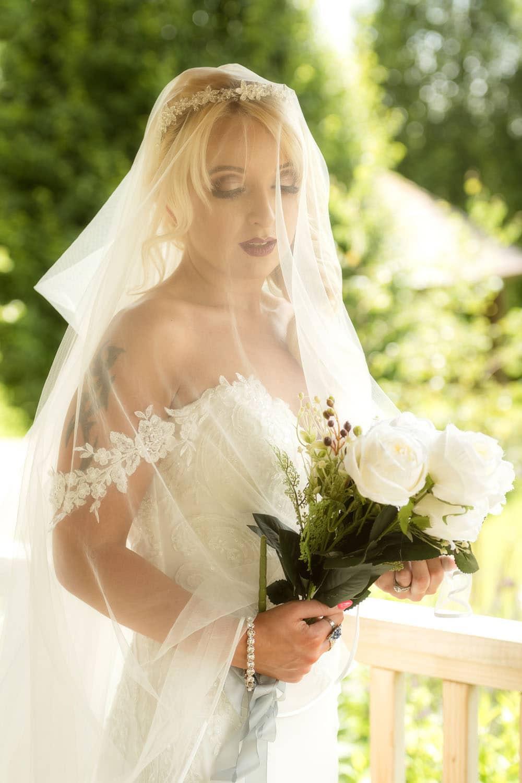 027_Wedding-Dress-Photoshoot