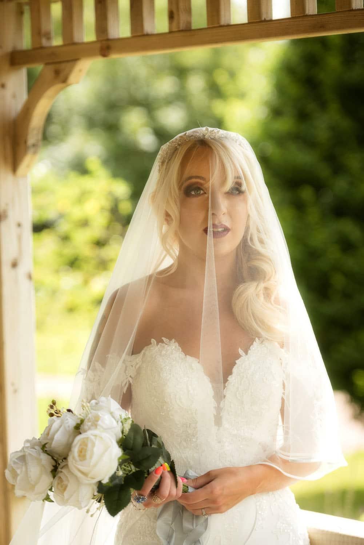030_Wedding-Dress-Photoshoot